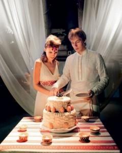 4 года свадьбы называется льняной  свадьбой